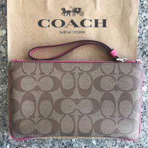 Coach Bags - Large Wristlet in Khaki/Magenta